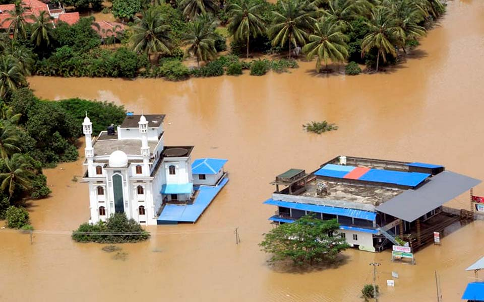 Rains return to Kerala after brief lull, toll rises to 102, 37 still missing